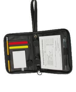 JAKO 2119 - Étui Luxe Arbitre Noir Carnet Synthétique Stylo Crayon Deux Sifflets de Haute Qualité Carte Jaune et Rouge